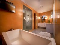 Vegas Views - Bath 4 / 5 -   Las Vegas luxury home rental